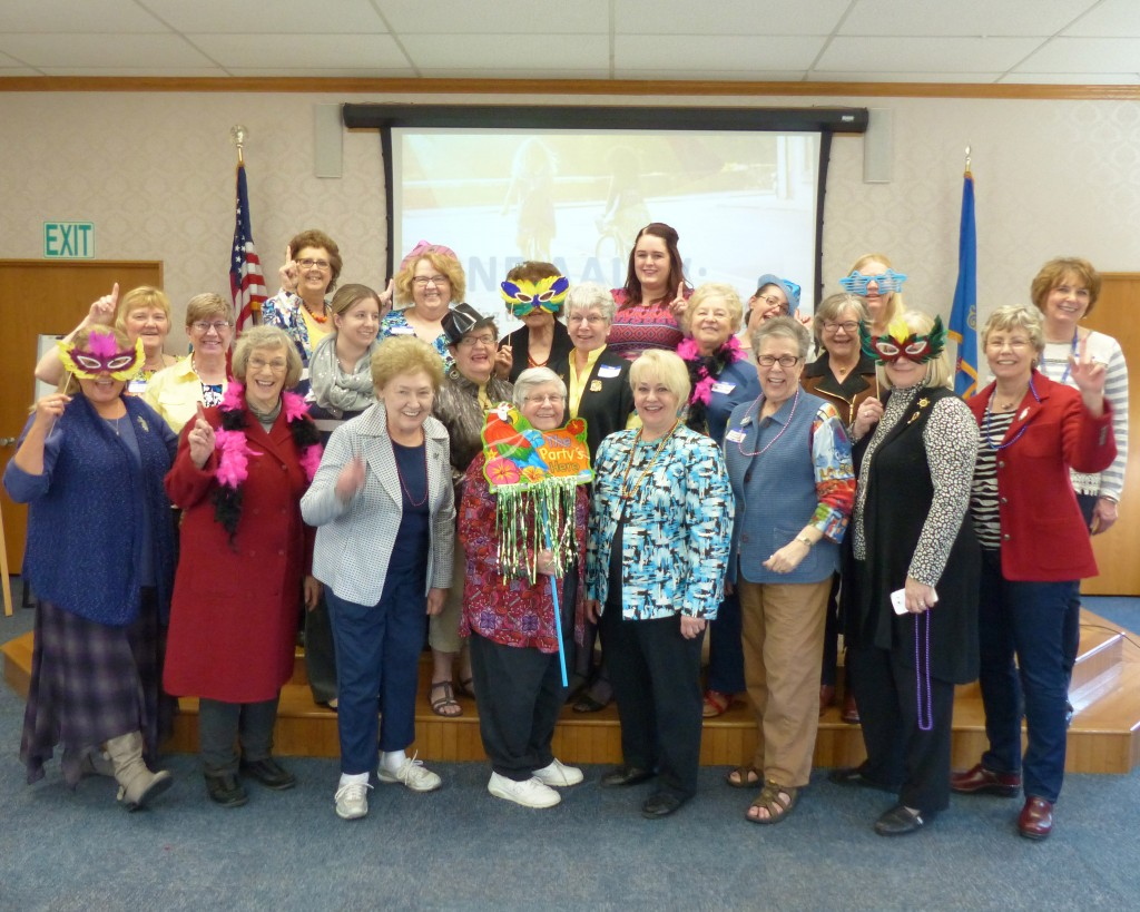 AAUW Having Fun at Annual Meeting